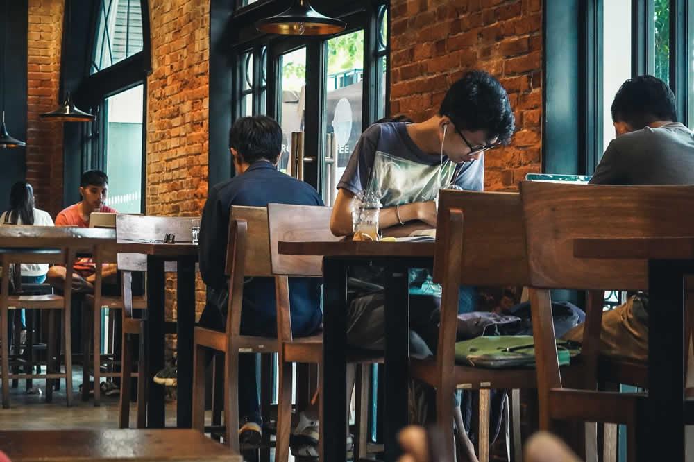 デジタルノマド プノンペンのカフェ
